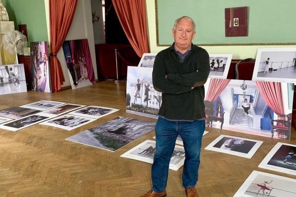 Для выставки Стюарт выбрал десятки лучших фотографий. Правда, из них тоже пришлось выбирать