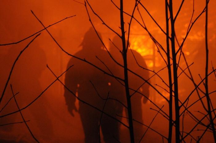 В пожаре погиб человек, который находился в доме