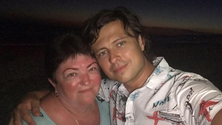 У матери Прохора Шаляпина со счетов в банке списали деньги за чужие долги
