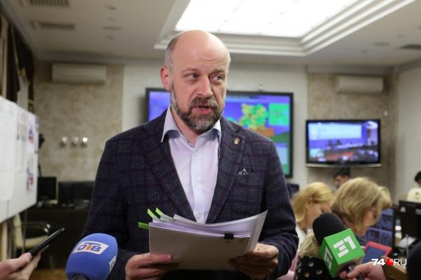 Глава облизбиркома Сергей Обертас рассказал, что существенно ускорили процесс подсчёта голосов в Челябинске КОИБы