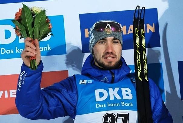 Тюменец Александр Логинов завоевал серебро в спринтерской гонке Кубка мира по биатлону