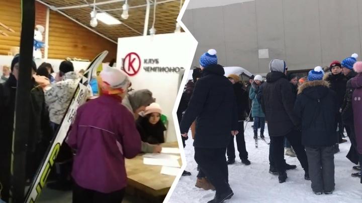 «Дети расстроены и плачут»: жители Екатеринбурга пожаловались на организацию «Лыжни России»