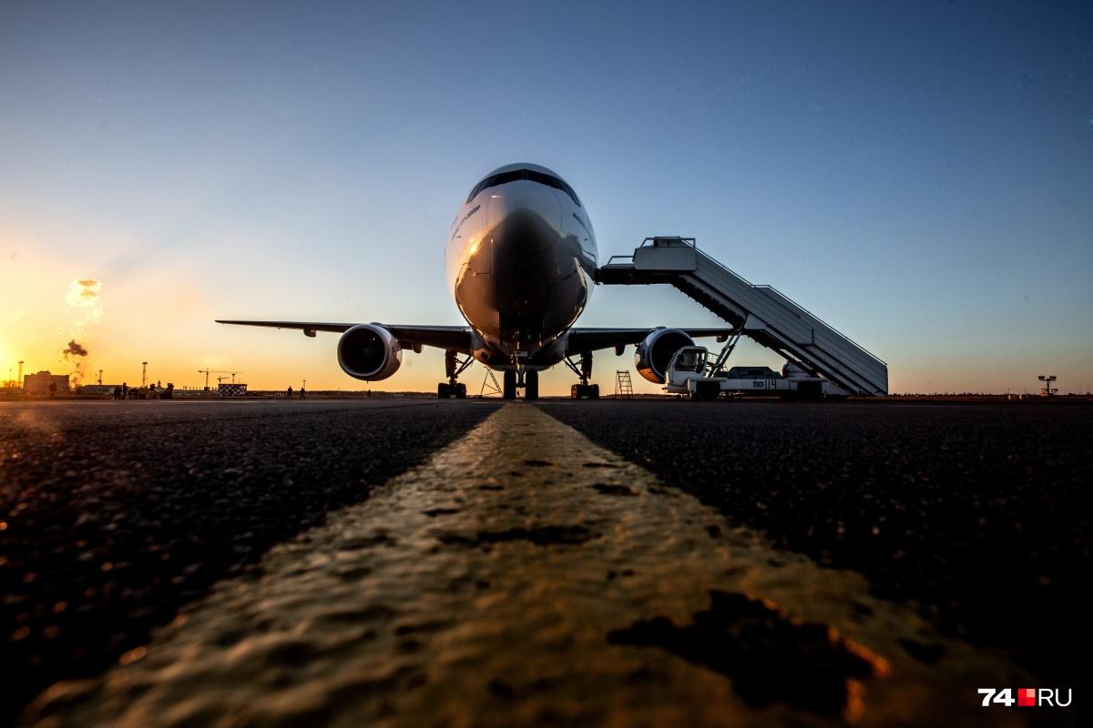 Первым из Челябинска бортом на Хайнань отправились369 пассажиров