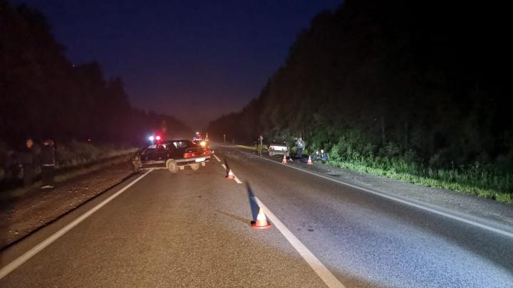 Машина заглохла посреди полосы: в ДТП на трассе Реж — Алапаевск погиб 13-летний мальчик
