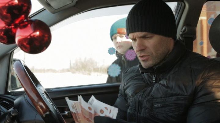 Любитель боевиков Олег Захаров снимает детектив про похищение красивой школьницы