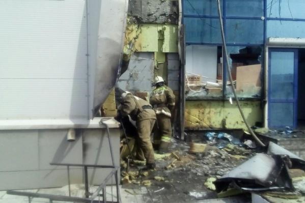 Спасатели эвакуировали с рынка 120 человек
