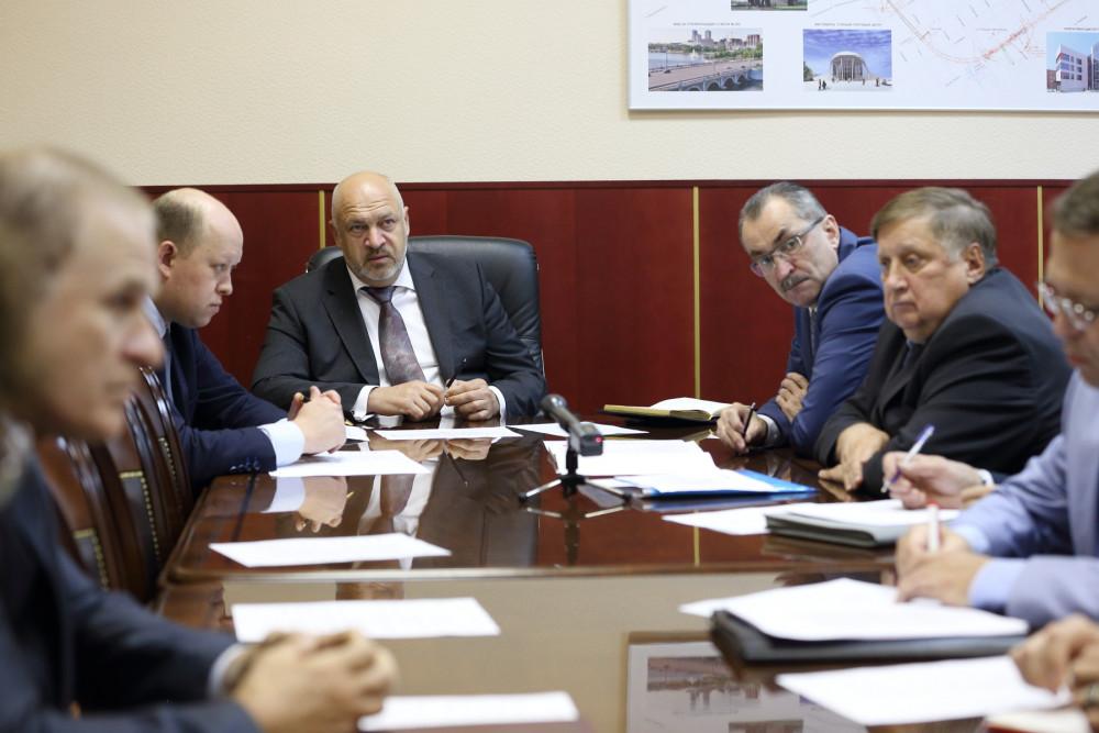 Судьбу возможного перехода через пути обсудили в Челябинске на совещании у вице-губернатора Сергея Шаля