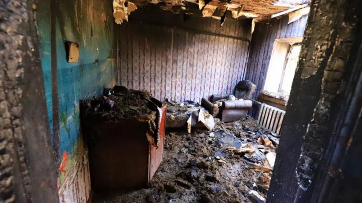 Прощание с ангелами: в станице Егорлыкской похоронили детей, погибших в пожаре, устроенным отчимом