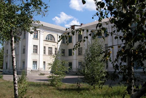 В Михайловке из-за рюкзака с настенными часами эвакуировали больницу