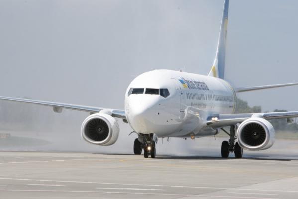Самолет упал вскоре после вылета, все находившиеся на борту погибли