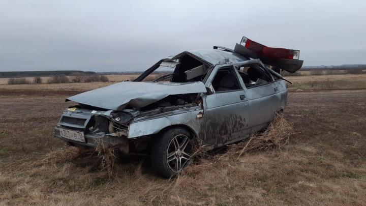 В Тюменской области в кювет улетела «Лада», два человека погибли