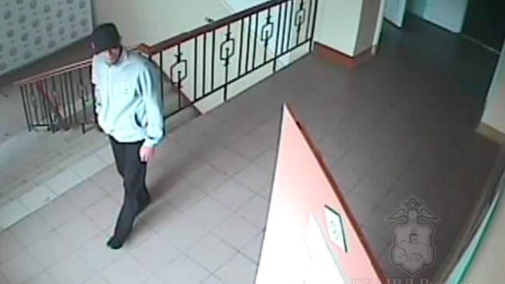 Полиция Перми ищет пострадавших от вора, который крал вещи в детских садах