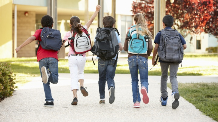 Школу на паузу: как провести осенние каникулы, чтобы вспоминать о них до новогодних праздников