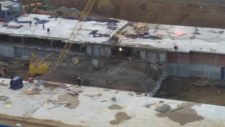 «Вылились тонны бетона»:со стройки в Заельцовском районе хлынул бетонный раствор