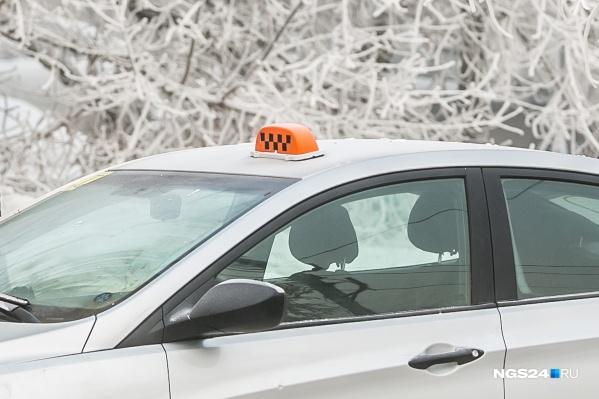 Конфликт с таксистом произошел в Водниках
