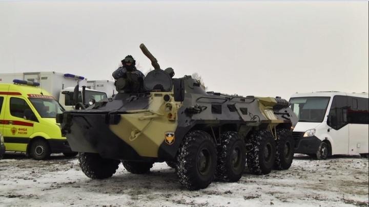 Спецназовцы ФСБ отработали освобождение от террористов аэропорта Красноярска