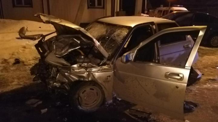 В Шадринске пьяный водитель врезался в Chevrolet: один человек погиб, трое — пострадали