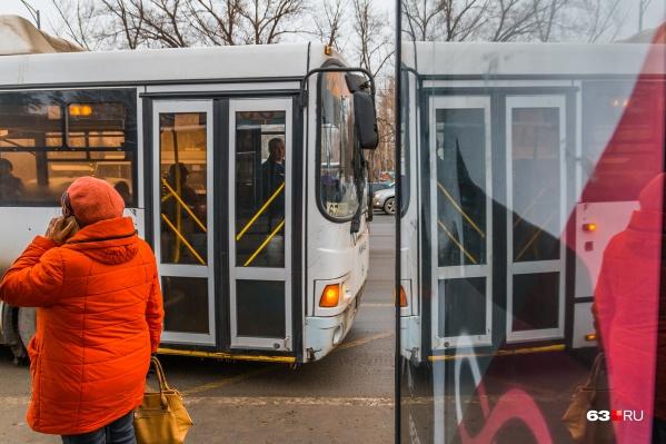 Автобус встал на маршруте из-за драки