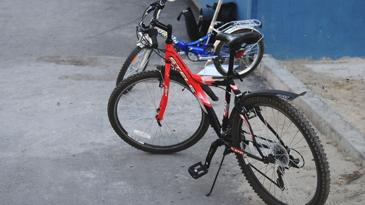 На Широтной сбили велосипедиста