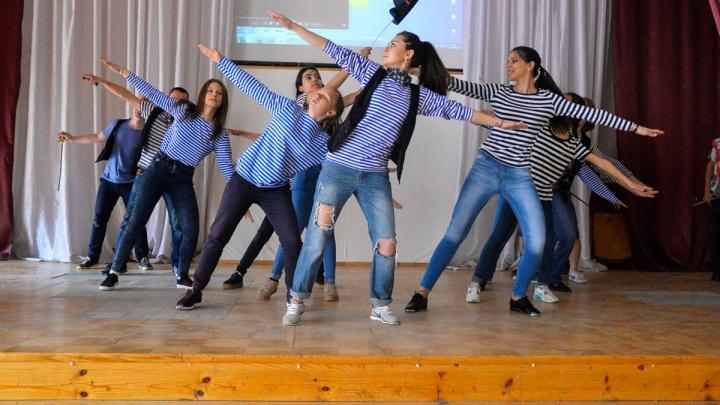 Мест стало больше, но детей ещё больше: в Екатеринбурге откроется запись в летние лагеря