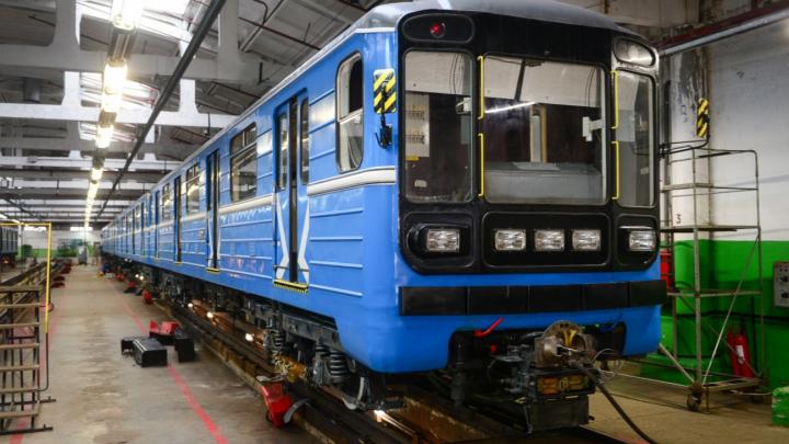 В екатеринбургском метро за счет подорожавшего проезда отремонтировали старые поезда