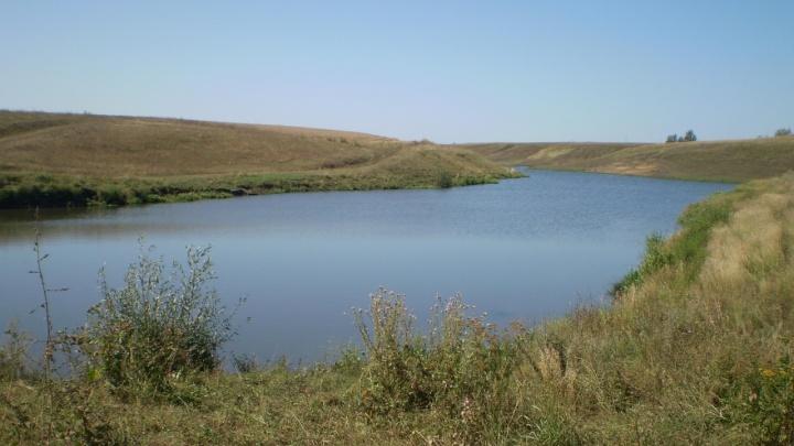 В прикамском пруду нашли машину с телами двух молодых мужчин