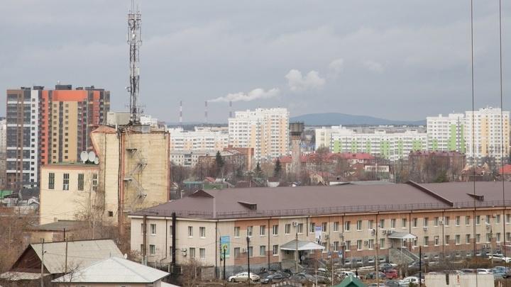 """""""Падение спутников"""": изучаем, как менялись за год цены на квартиры вокруг Екатеринбурга"""