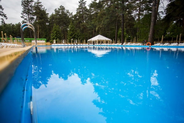 Глубина взрослого бассейна— 1,45 метра
