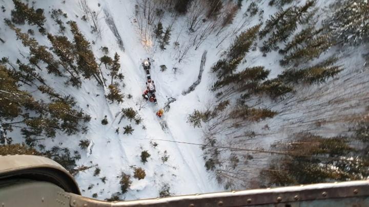 Все снегоходчики, которых искали на Урале, вернулись на базу: как проходила поисковая операция