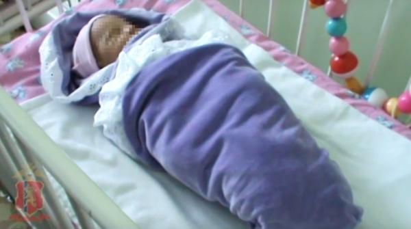 Матери, бросившей младенца с запиской, вынесли приговор