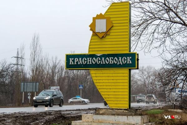 Волгоградец уверен, что строители привезли мусор из дачного массива Краснослободска
