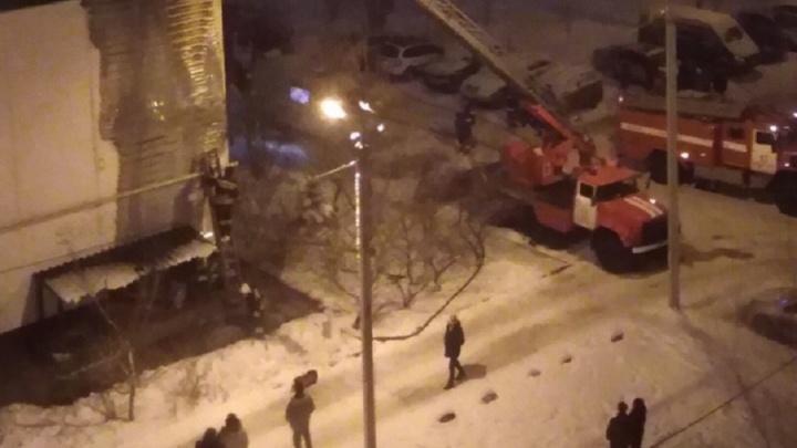 Встречали Новый год на улице: из-за одного «пиротехника» 28 волжан оказались ночью на морозе