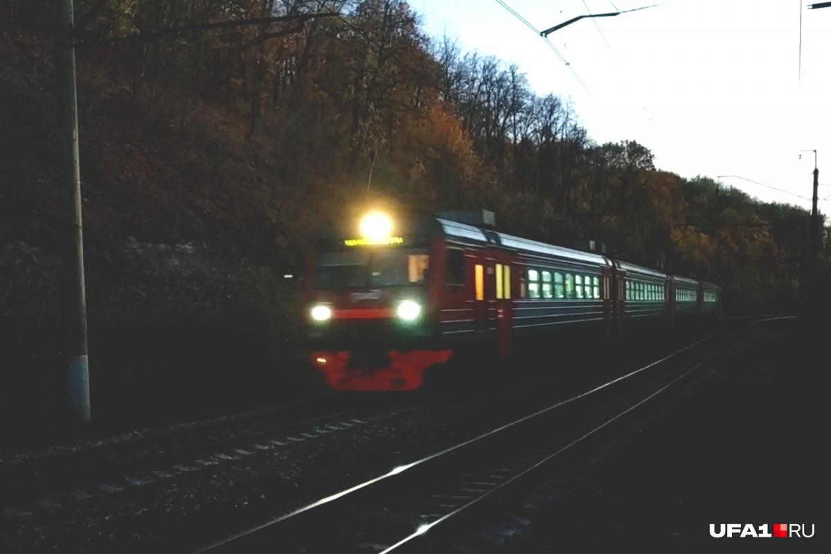 Неспокойных пассажиров выпроводили из вагонов
