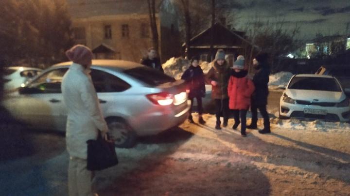 Ездили в Екатеринбург на елку: девочки, пропавшие в Березовском, нашлись