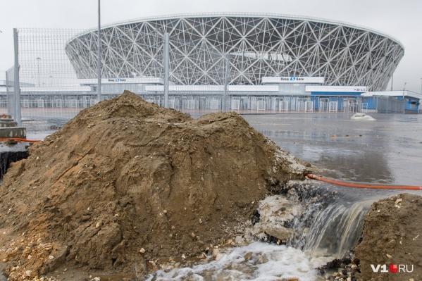 В администрации города подтвердили, что ливневка никак не относится к стадиону