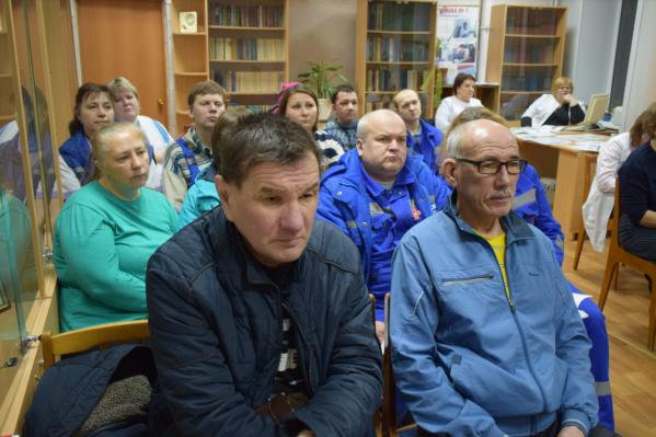 Коллектив саткинской скорой лихорадит давно, и встречи с руководством для обсуждения зарплат проходят регулярно