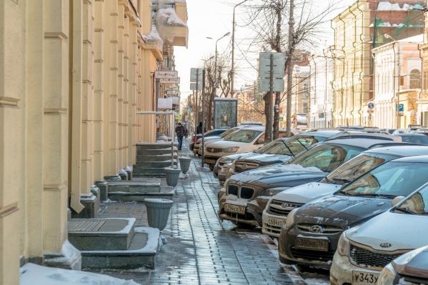 Платные парковки решили сделать, чтобы разгрузить улицы