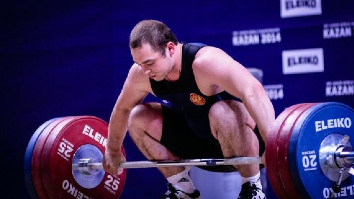 Пермский штангист Артём Окулов победил на чемпионате мира в Ашхабаде