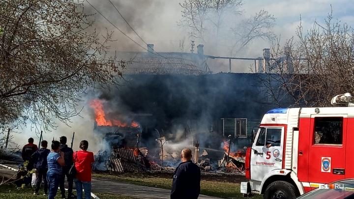 В самый жаркий день Свердловскую область охватили пожары