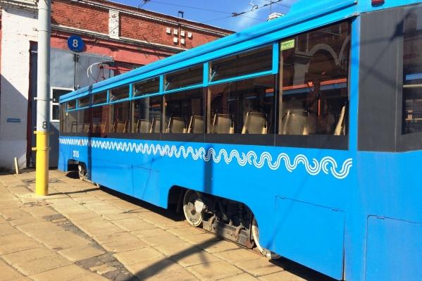 Трамваи специально подкрасят для омской сети
