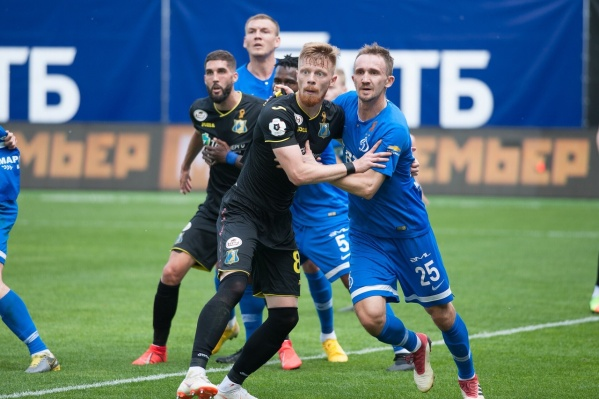 Даже на московском стадионе ростовчан поддерживали около 250 болельщиков