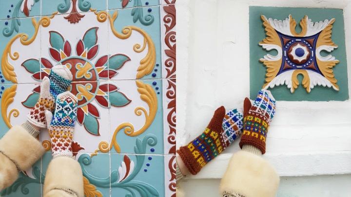 Идея на 5000: ярославский дизайнер придумала варежки для туристов