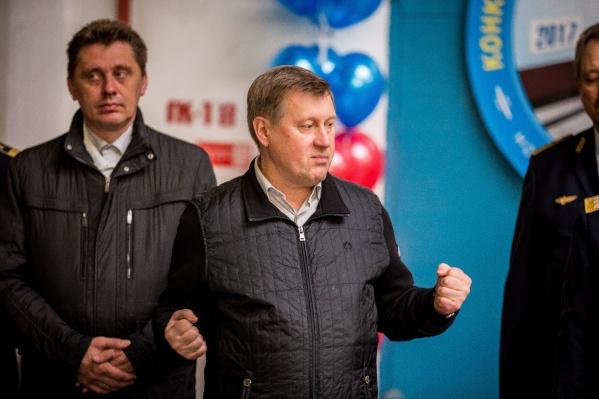 Анатолий Локоть высказался об отставке губернатора на сегодняшнем конкурсе мастерства для машинистов