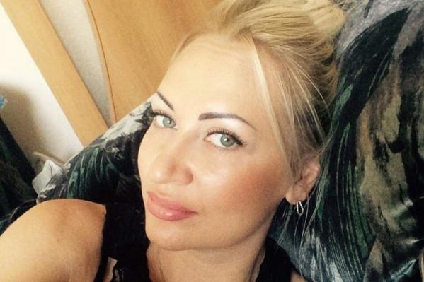 Наталью З. нашли убитой во дворе дома рядом с машиной