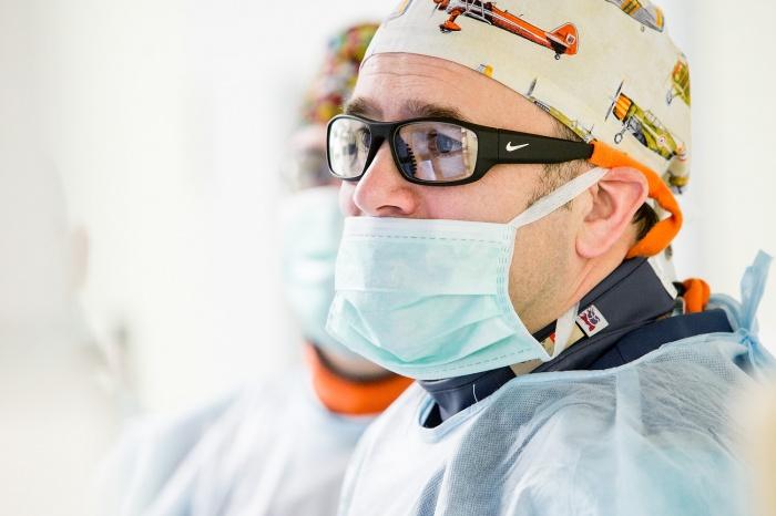 Кирилл Орлов половину своей жизни работает врачом