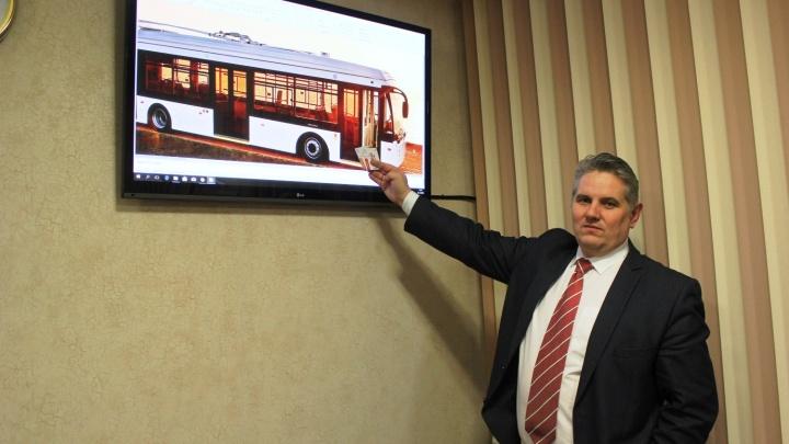 «Будем покупать большие автобусы»: глава дептранса — о новом транспорте и проезде за наличные