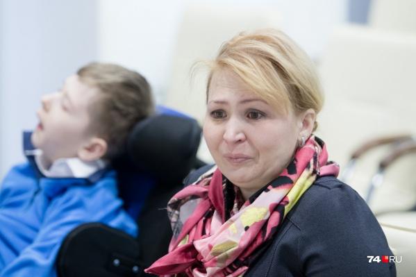 Лилия Кербель доказывала в судах, что именно врачебная ошибка привела к тяжёлому состоянию сына