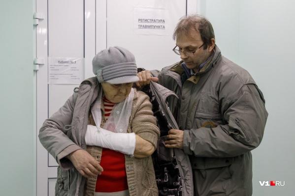 С утра волгоградские поликлиники работают в авральном режиме