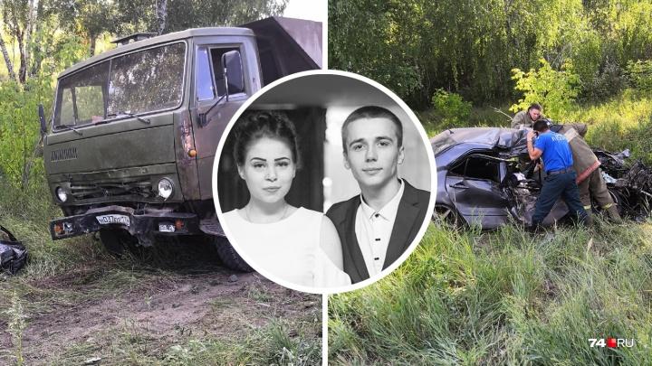 «Ехал с подругой»: в больнице умер водитель легковушки,влетевшей в КАМАЗ под Челябинском