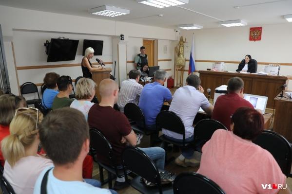 В причинах трагедии на Волге Ворошиловский суд разбирается уже несколько месяцев